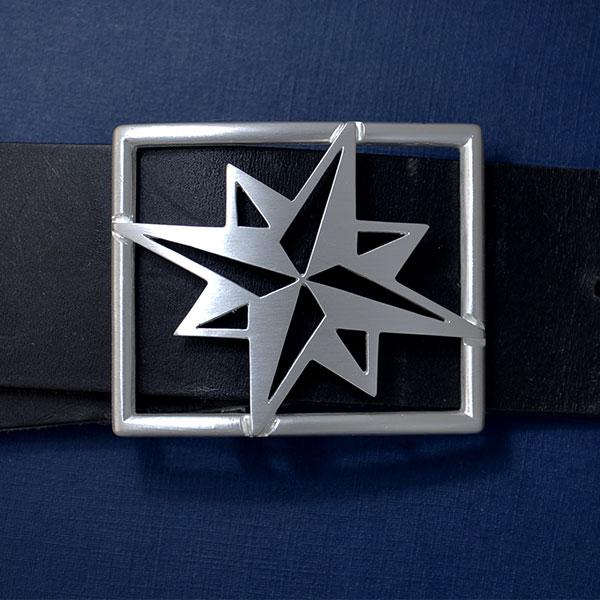 Kompassrose aus Silber als Schließe für 4 cm breiten Gürtel