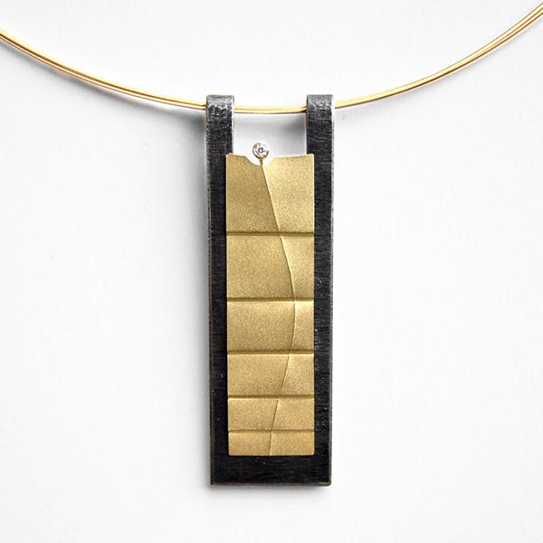 Amulett II - 750/Gold, Edelstahl und Brillant
