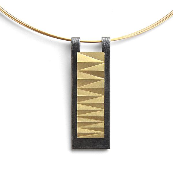 Amulett II - 750/Gold und Edelstahl